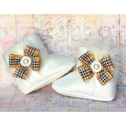 Baby girl boots Burberry Style