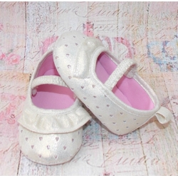 Baby girl pram shoes Hearts ecrou
