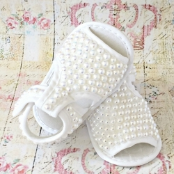 Baby girl christening sandals White pearls