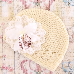 Baby girl cream beanie hat with orchidea