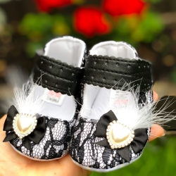Baby girl black lace shoes