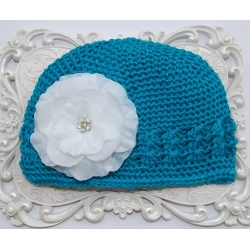 Crochet hat aquamarine with white flower