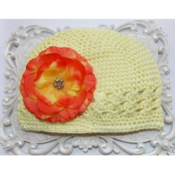 Crochet hat yellow with orange flower